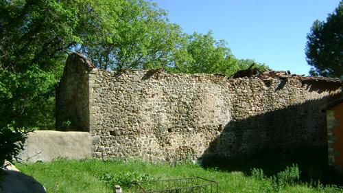 Edificio antigua de la ermita de la Virgen de la Rosa, en Beteta.
